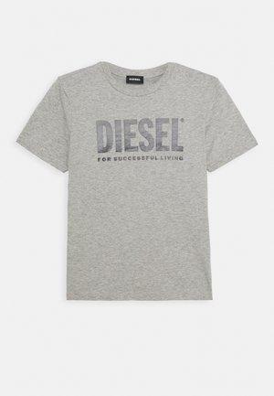 JUSTLOGO MAGLIETTA - Print T-shirt - grigio melange nuovo