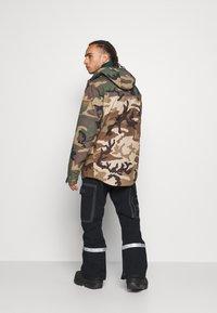 Billabong - ADVERSARY - Snowboard jacket - woodland - 2