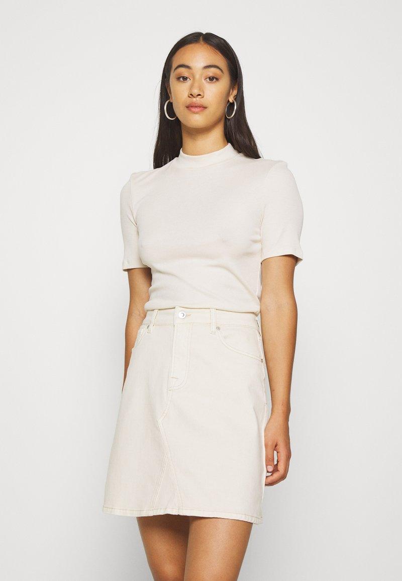 Pieces - PCBIRDIE TNECK  - Basic T-shirt - whitecap gray