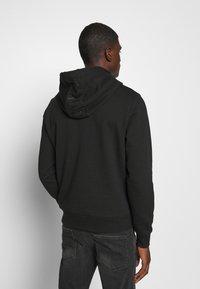 Calvin Klein - POCKET HOODIE - Sweat à capuche - black - 3