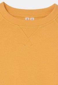 ARKET - UNISEX - Sweatshirt - yellow - 2