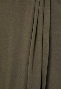 Pieces Curve - PCNEORA  SKIRT - Pencil skirt - sea turtle - 2