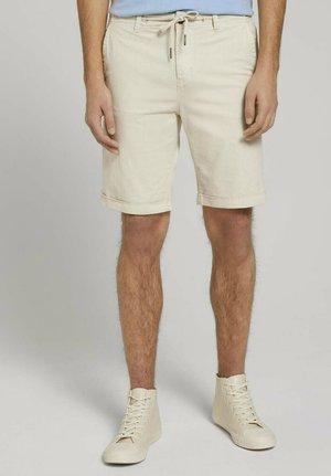 Shorts - smoke white