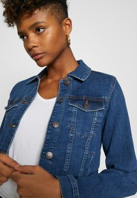 Vero Moda - VMULRIKKA JACKET MIX  - Denim jacket - medium blue denim - 3