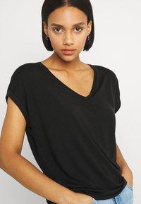 Vero Moda - VMAVA VNECK TEE  - Basic T-shirt - black - 3