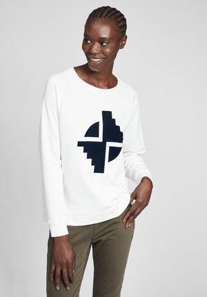MIT AUFDRUCK - Sweatshirt - weiß/dunkelblau