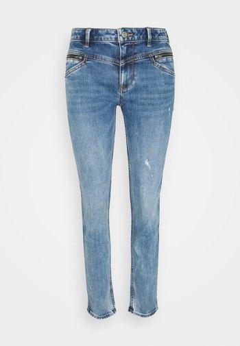 COO - Jean slim - blue light wash