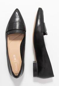 Clarks - LAINA LOAFER - Slippers - black - 3
