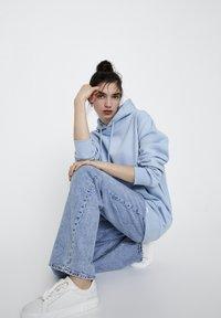 PULL&BEAR - Hoodie - light blue - 7