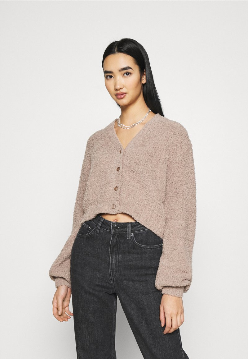 Nly by Nelly - CROPPED FUZZY  - Cardigan - beige