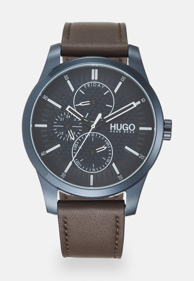 REAL - Horloge - braun