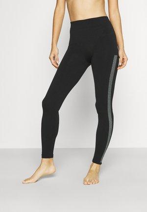 CLEAN INTENSITY LEGGINGS - Legíny - black