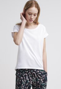 Vila - VIDREAMERS PURE - Basic T-shirt - optical snow - 0
