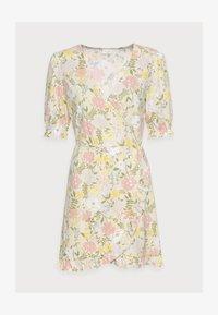 VILA PETITE - VIOCTAVIA DRESS PETITE - Jersey dress - birch/festival flower - 4