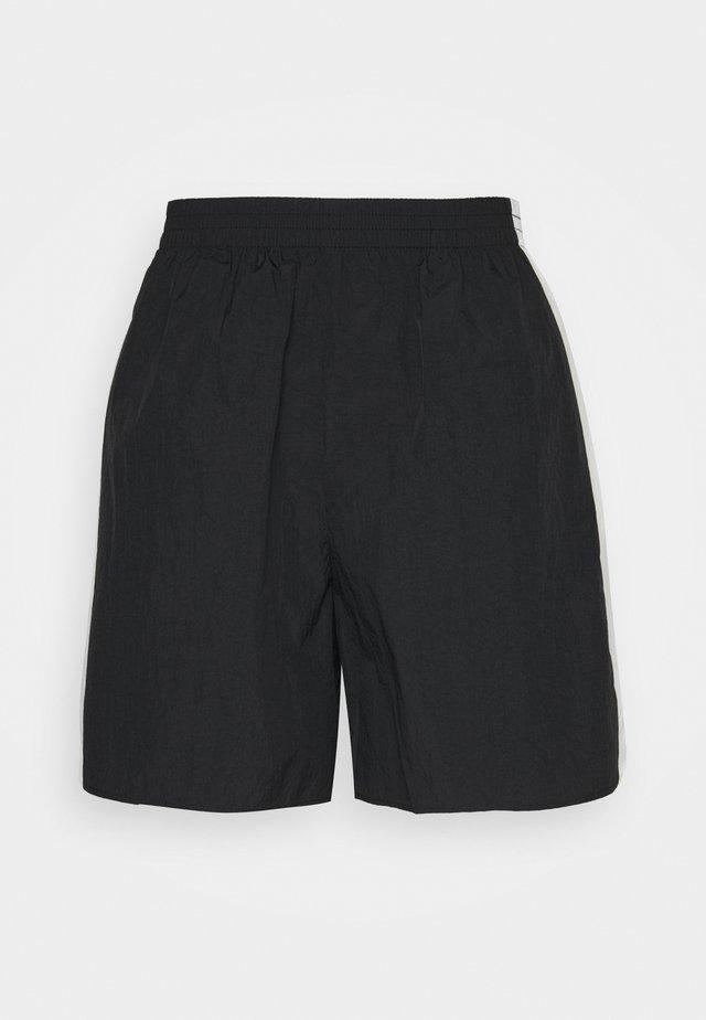 PENN LABEL - Short - black