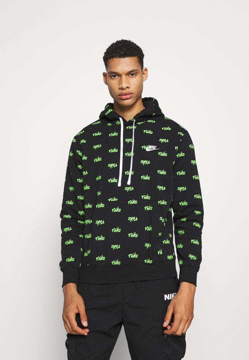 Nike Sportswear - CLUB HOODIE SCRIPT - Luvtröja - black/mean green/white