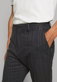 Tiger of Sweden - CONE - Trousers - outer blue - 5