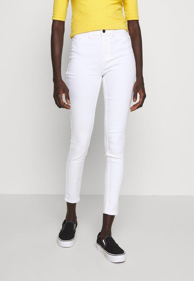 OBJSKINNYSOPHIE - Jeans Skinny - white