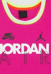 Jordan - SCHOOL OF FLIGHT TANK - Top - fire pink - 3