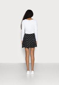 Even&Odd Petite - A-linjekjol - black/multi-coloured - 2