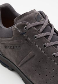 Mammut - ALVRA II LOW  - Hiking shoes - dark titanium/marine - 5