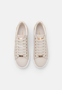 Mexx - CRISTA - Sneakers laag - sand - 5