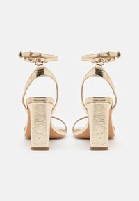 ONLY SHOES - ONLALYX RING  - Sandalias - gold - 3