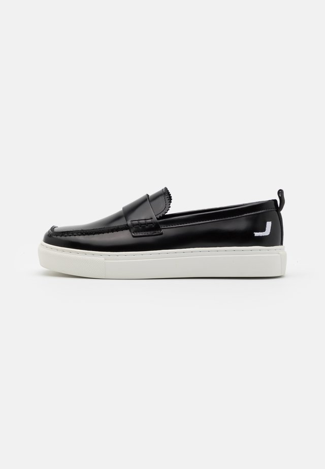SQUARED LOAFER  - Mokasyny - black