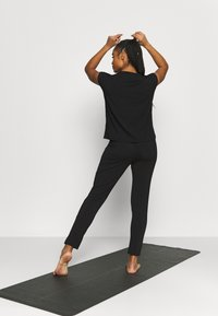 Curare Yogawear - ONEPIECE  - Tracksuit - black - 2