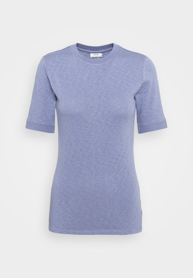 MODERN - Basic T-shirt - soft heaven
