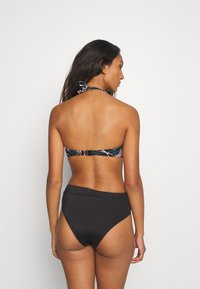 LASCANA - WIRE-BANDEAU - Bikini top - black - 2