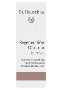 Dr. Hauschka - REGENERATING OIL SERUM INTENSIVE - Serum - - - 1