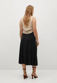 Violeta by Mango - MET GESMOKT DETAIL - A-line skirt - zwart - 2