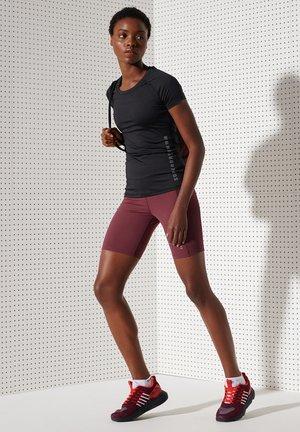 Sports shorts - claret