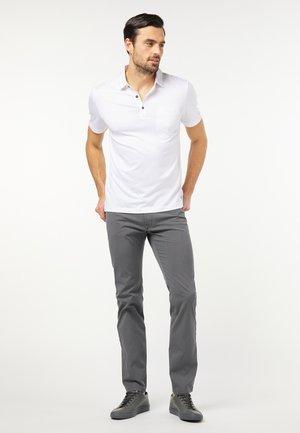 VOYAGE LYON - Straight leg jeans - grau