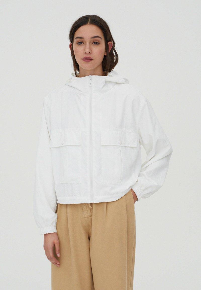 PULL&BEAR - Summer jacket - off-white