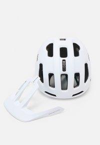 POC - AXION SPIN UNISEX - Helmet - matt white - 4