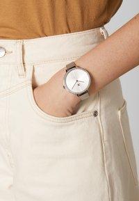 Tommy Hilfiger - KELLY - Horloge - silver-coloured - 0