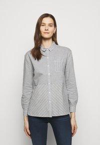 Barbour - LONGSHORE  - Button-down blouse - cloud/navy - 0