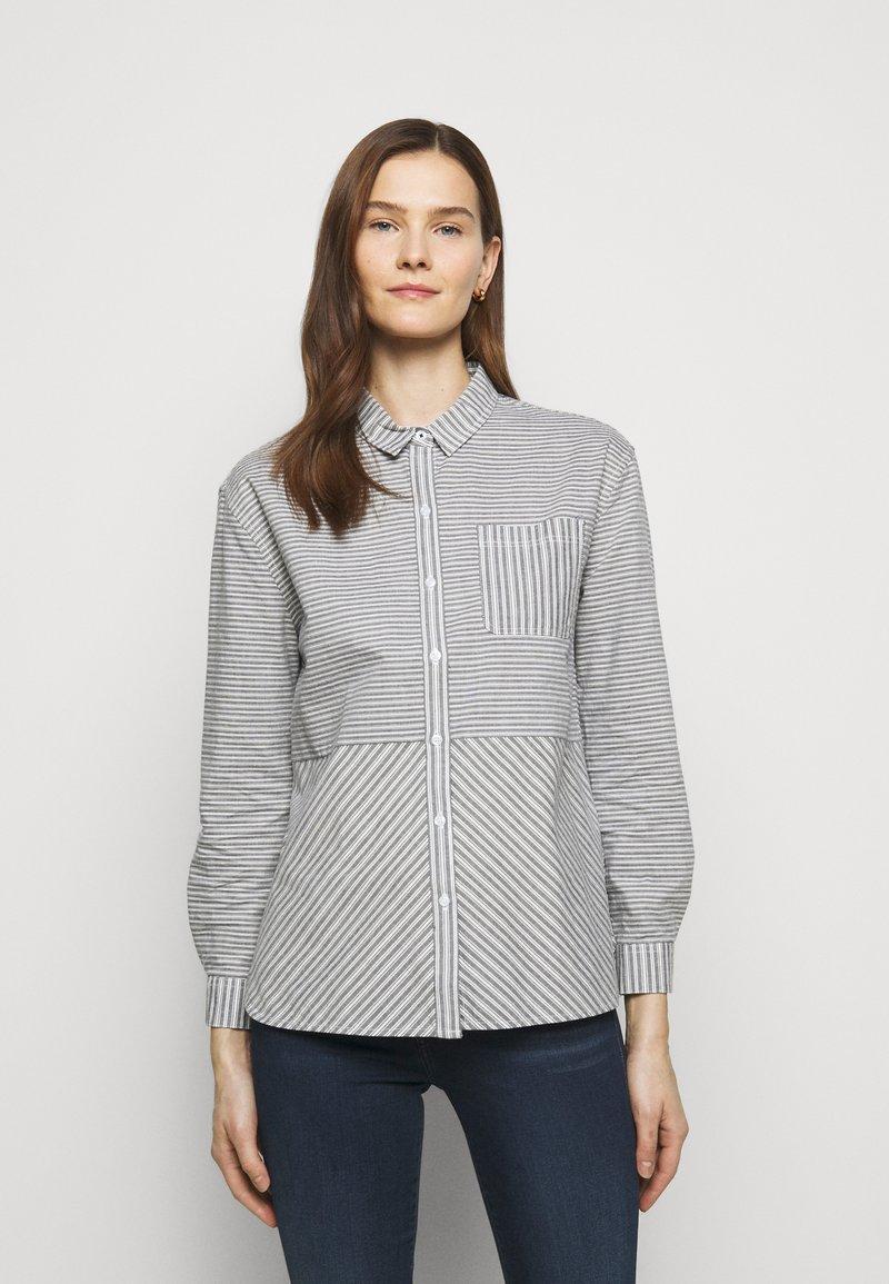 Barbour - LONGSHORE  - Button-down blouse - cloud/navy