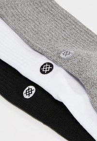 Stance - ICON 3 PACK - Socks - white/grey/black - 2