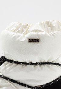 Pajar - TAYA - Zimní obuv - white - 2