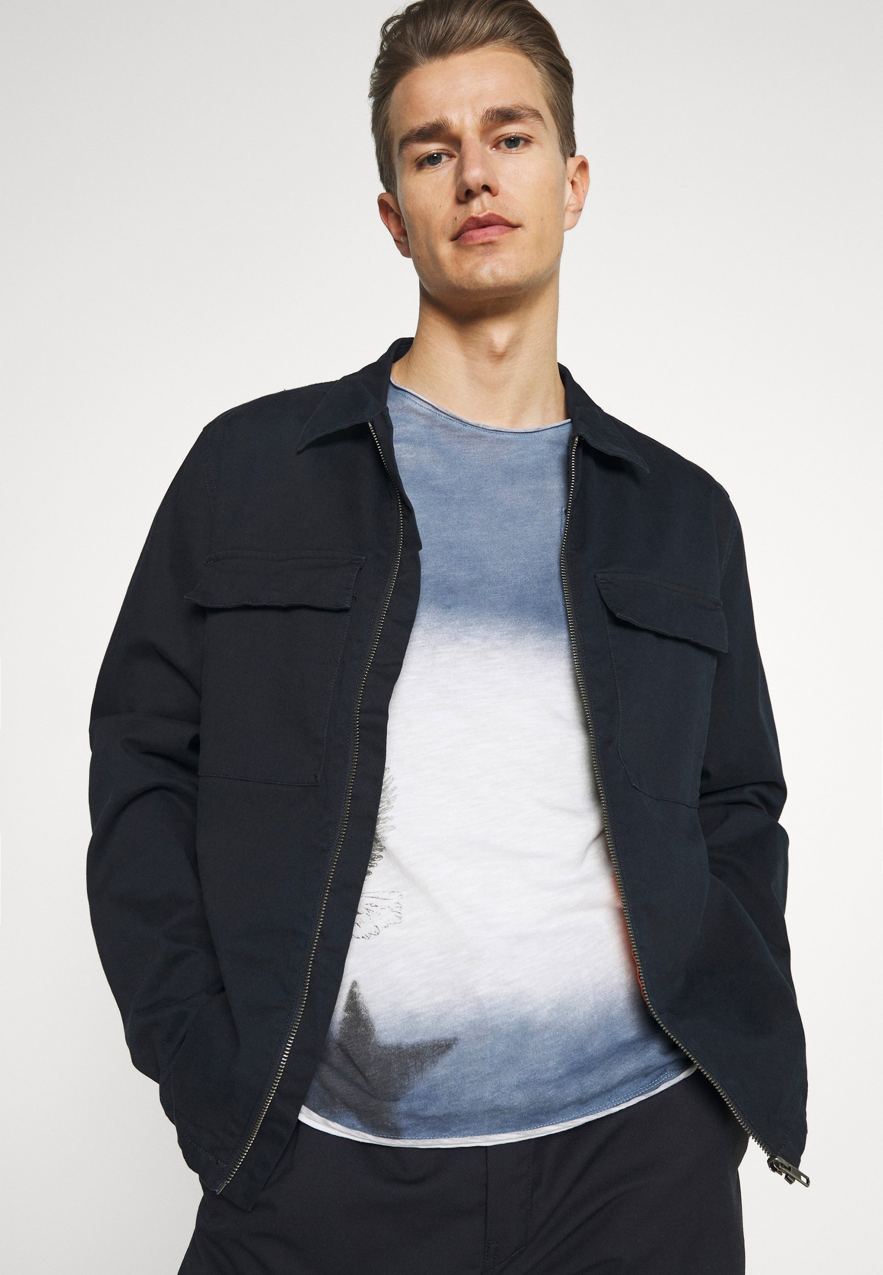 Men ENDEAVOUR ROUND - Long sleeved top