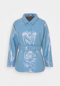 Fashion Union Petite - ABBA - Bunda zumělé kůže - blue - 0