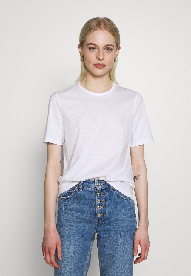 ROUND NECK - T-shirts - black
