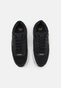 Ed Hardy - CAGED RUNNER TIGER - Trainers - black/gold - 3