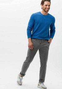 BRAX - STYLE FABIO - Trousers - graphit - 1