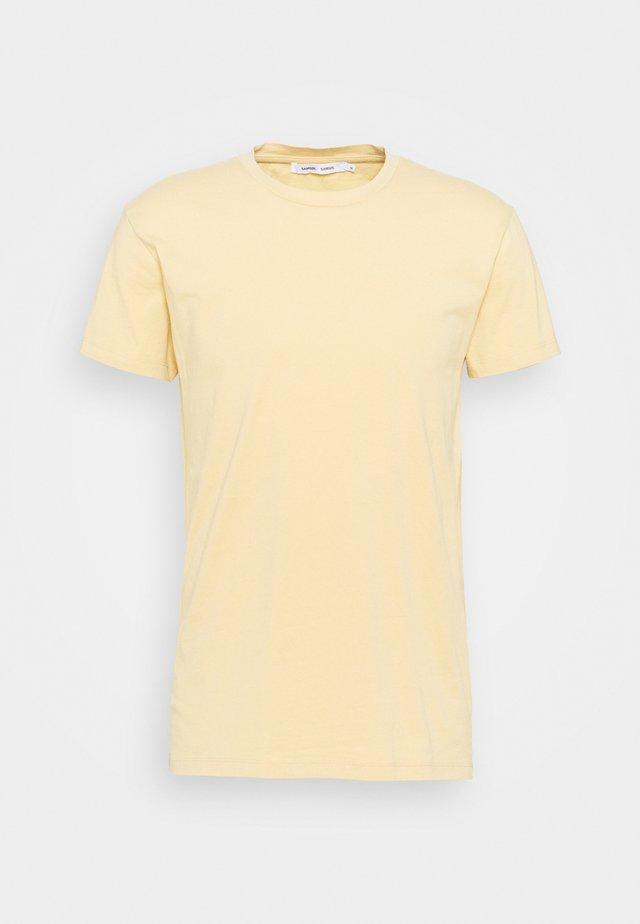 KRONOS  - T-shirt basic - sahara sun