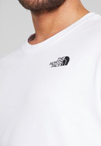 The North Face - REDBOX TEE   - Print T-shirt - white - 4