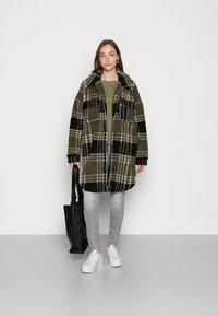 ONLY - ONLNEWCAMILLA SHACKET - Classic coat - kalamataas - 1